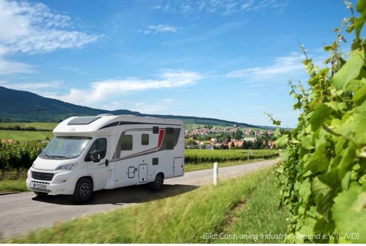 Wirtschaftsfaktor Camping- und Reisemobiltourismus in Deutschland (Bild: Caravaning Industrie Verband e.V.)